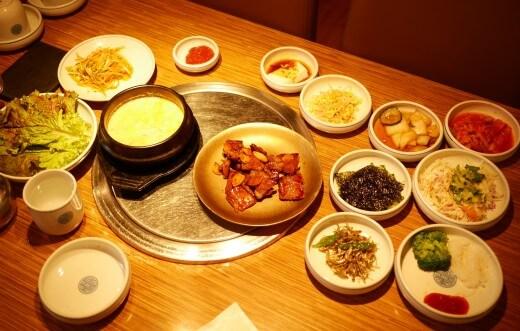 ソウル明洞のおすすめ焼肉屋さん「王妃家」 豚カルビ定食