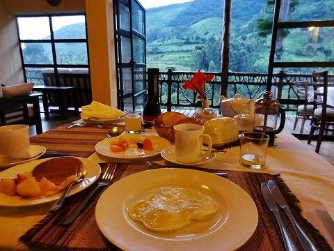 ウガンダ マホガニースプリングス 朝食