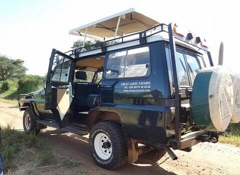 ウガンダ サファリカー