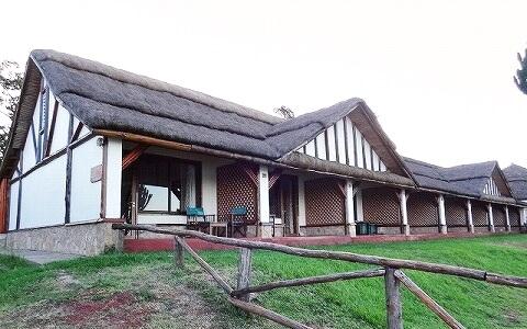 ウガンダ ムウェヤサファリロッジ ムウィヤ Mweya Safari Lodge