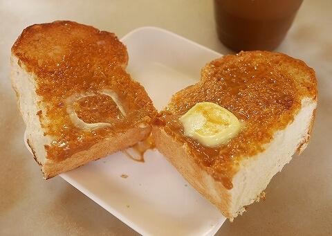 シンガポール 喜園咖啡店 YY Kafei Dian カヤトースト