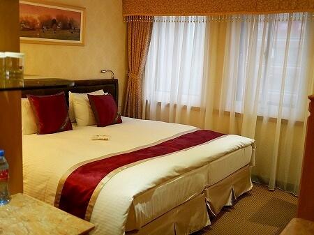 コスモスホテル台北 台北天成大飯店 スーペリアルーム 室内
