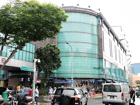 シンガポール ムスタファセンター 新館