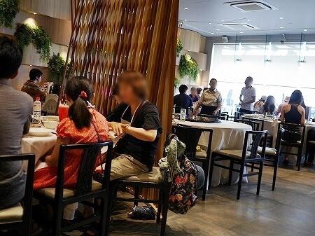 シンガポール パームビーチ 店内 PALM BEACH