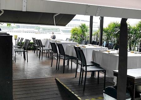 シンガポール パームビーチ テラス席 PALM BEACH