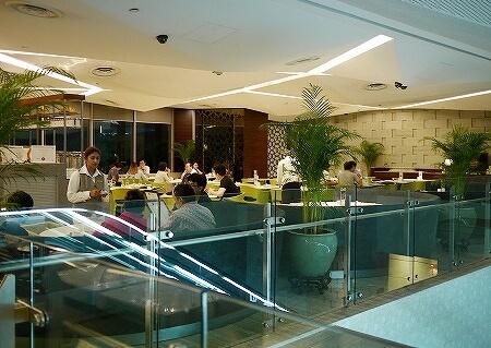 シンガポール マンダリンオーチャード チャターボックス 店内