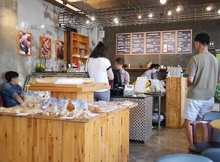 ラオス ビエンチャン カフェ パリジャン・カフェ Parisien Cafe