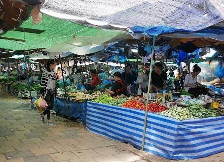 Khua Din Market Talat Khuadin クアディンマーケット 市場 タラートクアディン 野菜
