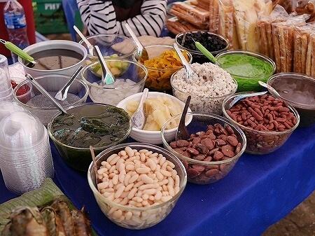 ラオス ビエンチャン オーガニックマーケット 市場 FA NGUM PARK ファーグム公園 スイーツ デザート