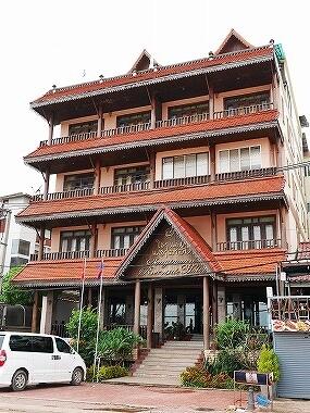 ラオス ビエンチャン センタワン・リバーサイドホテル Sengtawan Riverside Hotel 外観