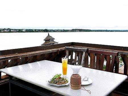 ラオス ビエンチャン マジェスティック・ビューレストラン Majestic View Restaurant センタワン・リバーサイドホテル Sengtawan Riverside Hotel ルーフトップバー テラス