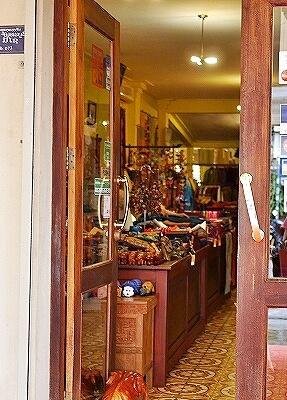 ラオス ビエンチャン ミーサイ・ブティック Mixay Boutique お土産屋