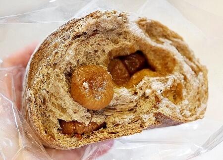 台湾 グランドハイアット台北 いちじく天然酵母パン