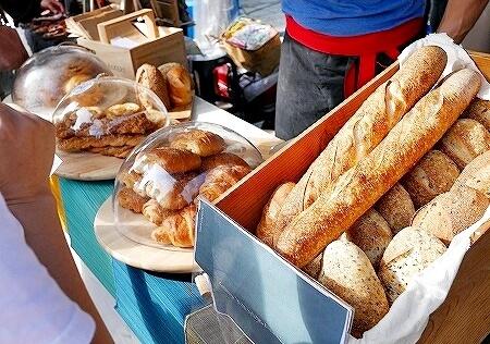 四四南村 フリーマーケット シンプルマーケット パン
