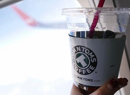 ティーウェイ航空 tway航空 機内 TOM N TOMS COFFEE コーヒー トムアンドトムズコーヒー