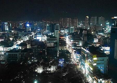大邱 テグ ノボテルアンバサダーホテル 夜景 景色 繁華街