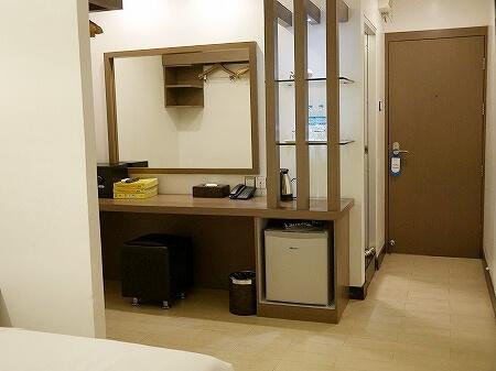 クローバー・シティ・センター・プラス・ホテル(Clover City Center Plus) ミャンマー ヤンゴン 部屋 プレミアデラックスルーム