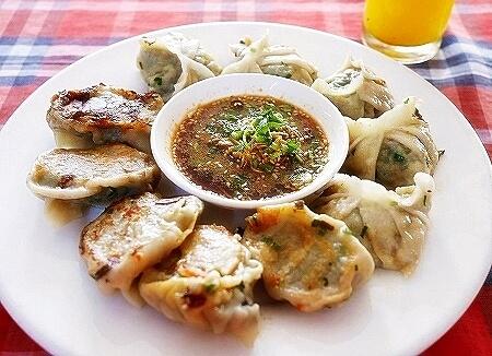 ミャンマー ヤンゴン ロタヤ LOTAYA レストラン 餃子
