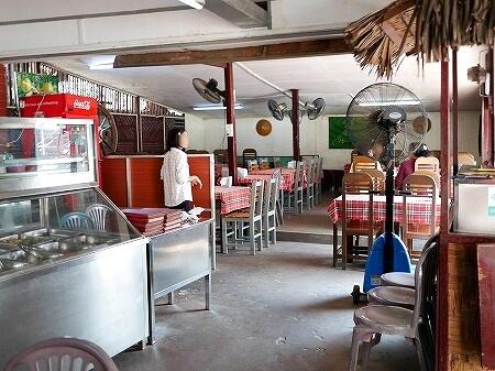 ミャンマー ヤンゴン LOTAYA ボージョーアウンサウンマーケット 店内