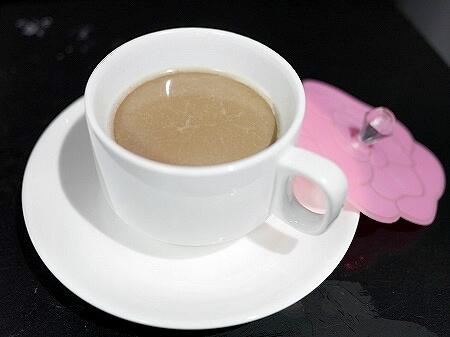 ミャンマー ヤンゴン ジェルネイル ネイルサロン Those Nails ドリンク コーヒー