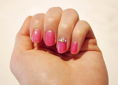 ミャンマー ヤンゴン ジェルネイル ネイルサロン Those Nails ビジューネイル