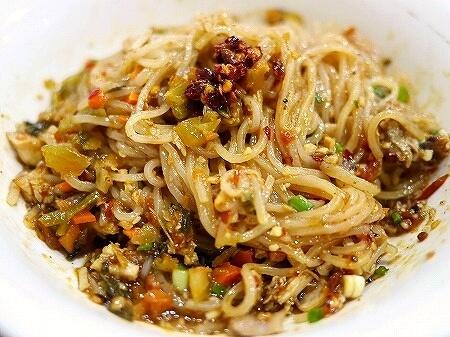 ミャンマー ヤンゴン 999 Shan Noodle シャンヌードル シャンカウスエ