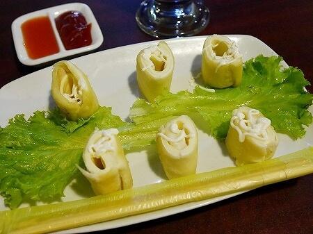 ミャンマー ヤンゴン カフェ Cafe Genius チーズロール