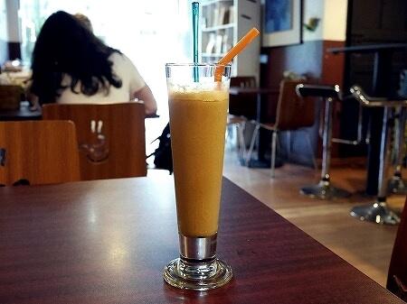 ミャンマー ヤンゴン カフェ Cafe Genius アイスコーヒー