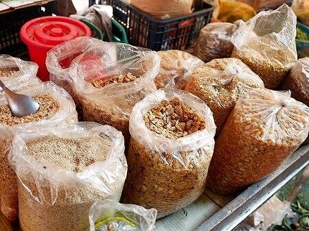 ミャンマー ヤンゴン ラペットゥ 豆 インセイン市場