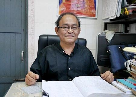 ミャンマー ヤンゴン コータッジーパゴダ コーターチーパゴダ 占い師 B.A(Phi),D.A.Psy