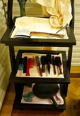 ミャンマー ヤンゴン スーレーシャングリラホテル 美容院 シャンプー BEAUTY CENTRE ブラシ