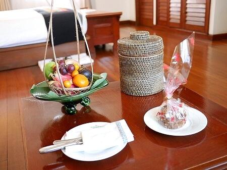 ベルモンド ガバナーズ レジデンス Belmond Governor's Residence ヤンゴン ミャンマー 部屋 ウェルカムフルーツ