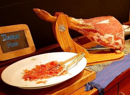 ベルモンド ガバナーズ レジデンス Belmond Governor's Residence ヤンゴン ミャンマー 朝食 イベリコ豚 生ハム
