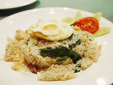 ミャンマー ヤンゴン Sabai@DMZ タイ料理レストラン チャーハン
