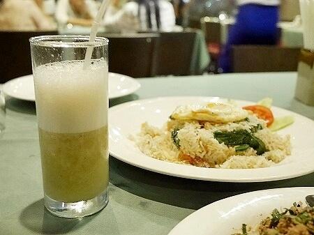 ミャンマー ヤンゴン Sabai@DMZ タイ料理レストラン バナナジュース