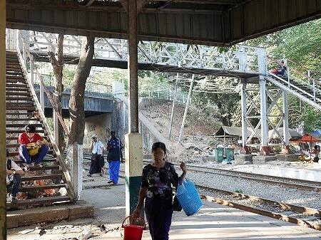 ミャンマー ヤンゴン レーダン駅 Hledan