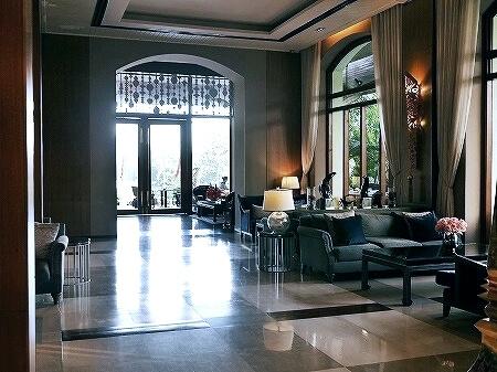 ミャンマー ヤンゴン チャトリウムホテル ロビーラウンジ カフェ