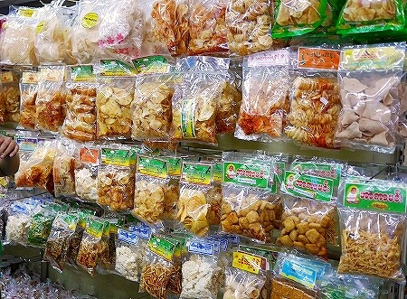ミャンマー ヤンゴン スーパー SUPER ONE ポテトチップス お土産