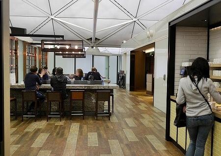 香港空港 プラザプレミアムラウンジ(West Hall)Plaza Premium Lounge