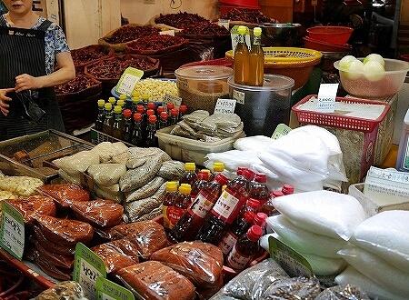 韓国 光明伝統市場 唐辛子 ごま油