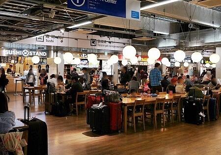 成田空港第3ターミナル フードコート 食べ物屋
