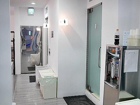 イン キューブ ミンチュエン 品格子旅店 民權館 Inn Cube Minquan トイレ シャワー