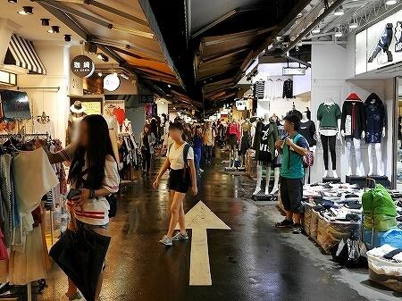 台湾 台北 五分埔服飾広場 五分埔商圏 問屋街