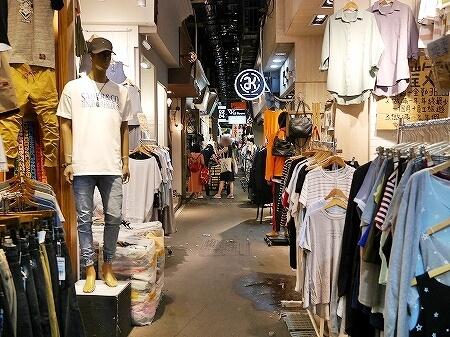 台湾 台北 五分埔服飾広場 五分埔商圏 問屋街 メンズ