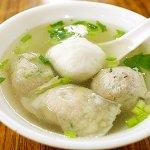 台北 迪化街 佳興魚丸店 魚丸湯 香菇貢丸 三色丸湯