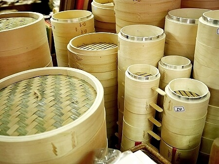 台湾 台北 迪化街 高建桶店 ディーホアジエ セイロ