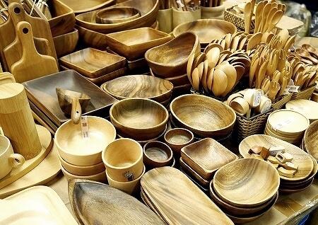 台湾 台北 迪化街 高建桶店 ディーホアジエ 木のお皿