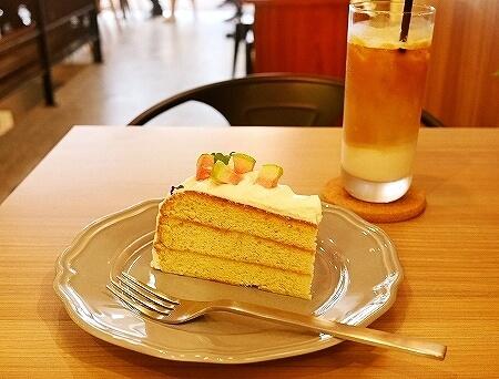 台湾 台北 Heritage Bakery & Cafe 紅心芭樂戚風蛋糕 グァバシフォンケーキ