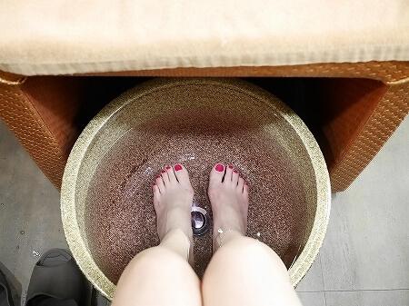 台湾 台北 舒心源養生会館 おすすめ マッサージ 足裏 足つぼ 足湯