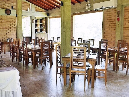 スリランカ カルナカララ・アーユルヴェーダ・スパ&リゾート 滞在記 レストラン 1階 karunakarala
